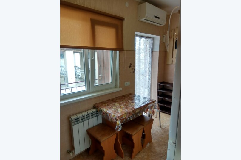 2-комн. квартира, 36 кв.м. на 4 человека, улица Дмитрия Ульянова, 54, Евпатория - Фотография 8