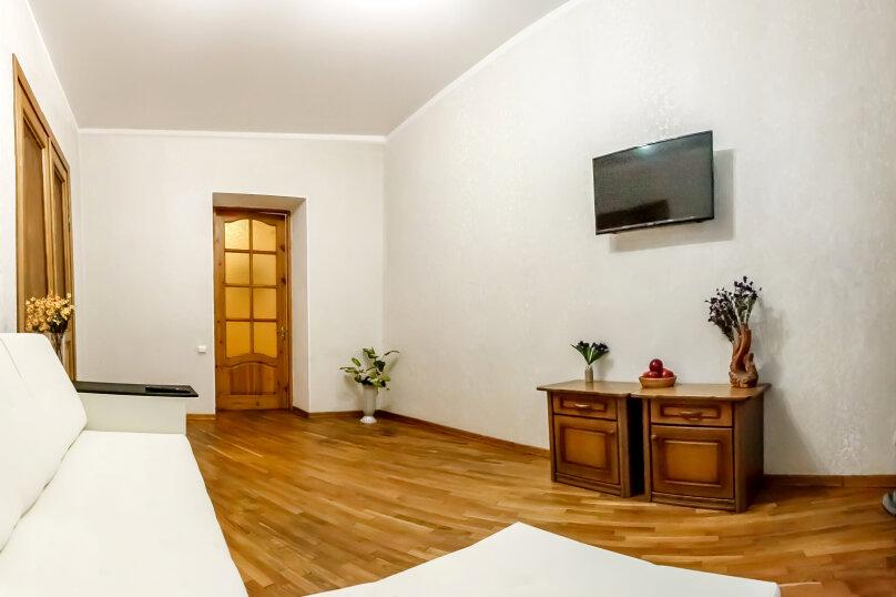 3-комн. квартира, 70 кв.м. на 6 человек, Велинградская улица, 32, Кисловодск - Фотография 23