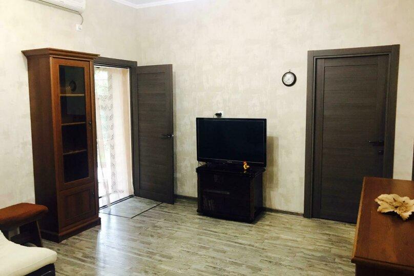 """Апартаменты """"Кедр"""", Екатерининская улица, 5 на 1 комнату - Фотография 38"""
