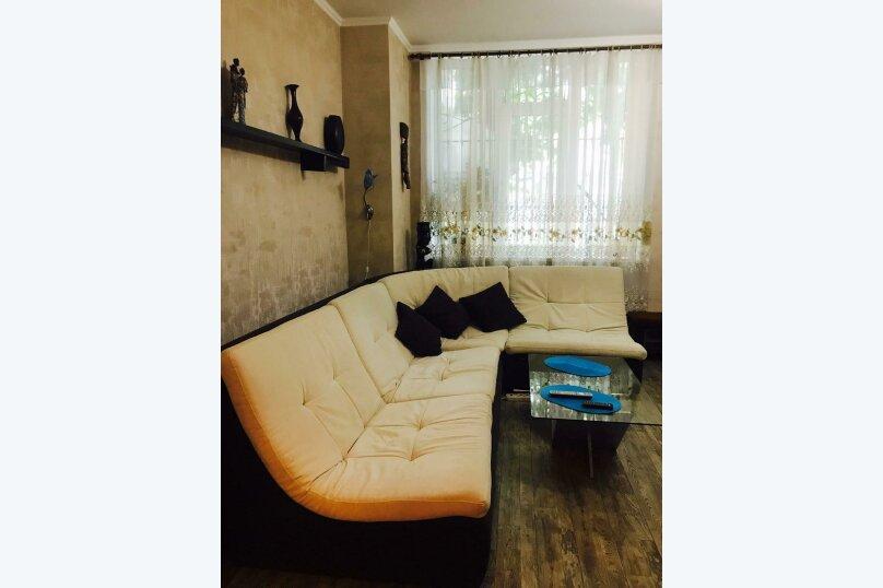 """Апартаменты """"Кедр"""", Екатерининская улица, 5 на 1 комнату - Фотография 39"""