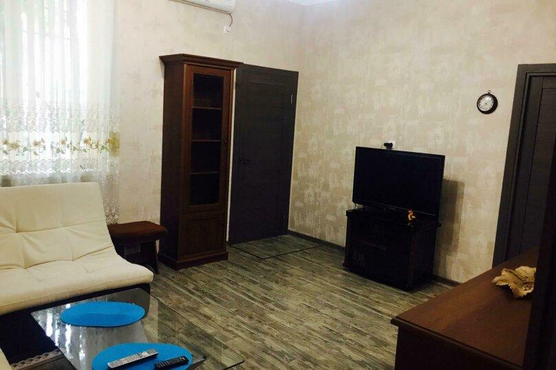 """Апартаменты """"Кедр"""", Екатерининская улица, 5 на 1 комнату - Фотография 41"""