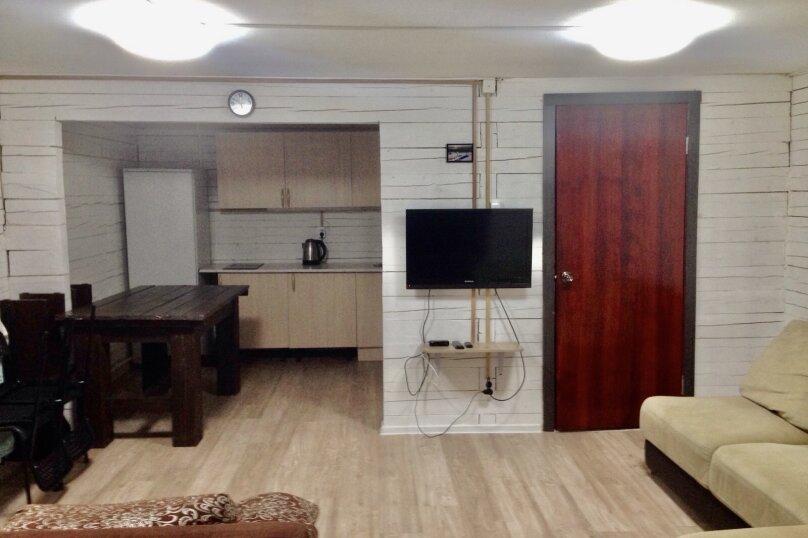 Дом вместимостью до 8 человек, 65 кв.м. на 8 человек, 2 спальни, Вторая Дачная , 558А, Шерегеш - Фотография 9