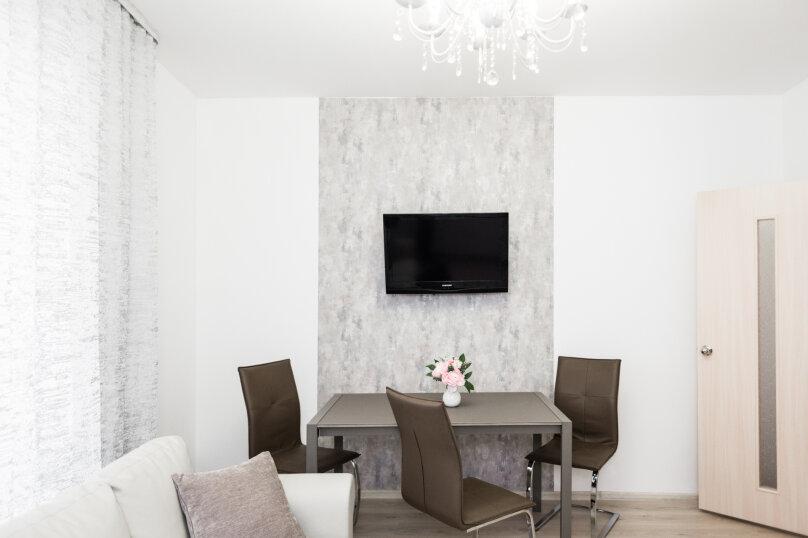 2-комн. квартира, 70 кв.м. на 8 человек, улица Репина, 52, Екатеринбург - Фотография 21