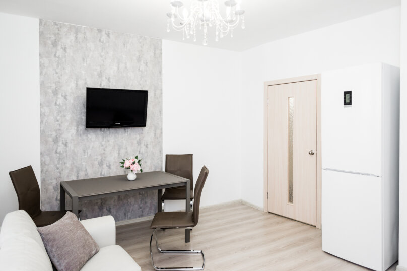 2-комн. квартира, 70 кв.м. на 8 человек, улица Репина, 52, Екатеринбург - Фотография 22