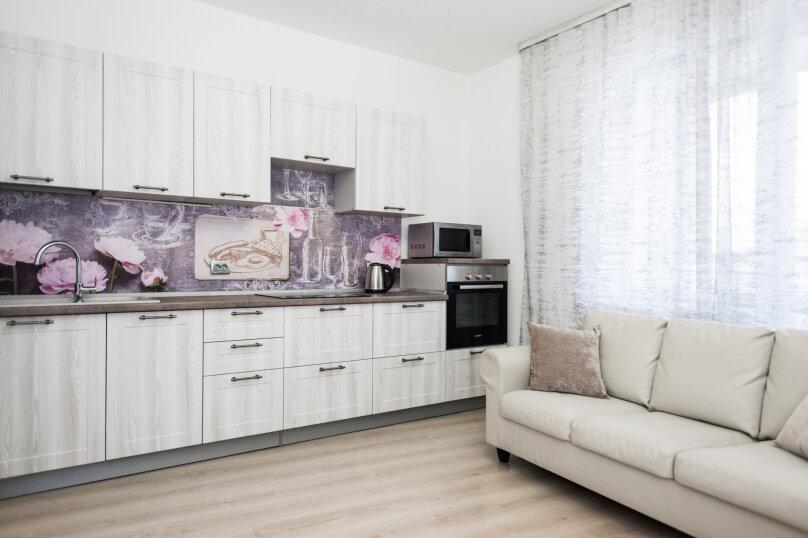 2-комн. квартира, 70 кв.м. на 8 человек, улица Репина, 52, Екатеринбург - Фотография 23