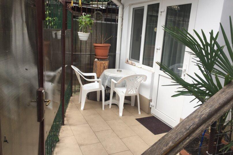 1-комн. квартира, 13 кв.м. на 2 человека, улица Чехова, 19, Ялта - Фотография 1