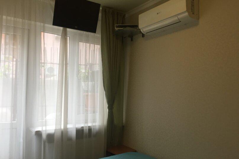 1-комн. квартира, 13 кв.м. на 2 человека, улица Чехова, 19, Ялта - Фотография 3