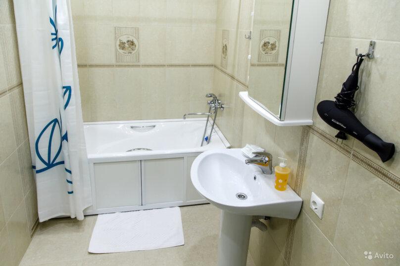 2-комн. квартира, 70 кв.м. на 4 человека, улица Карла Либкнехта, 112, Иркутск - Фотография 12