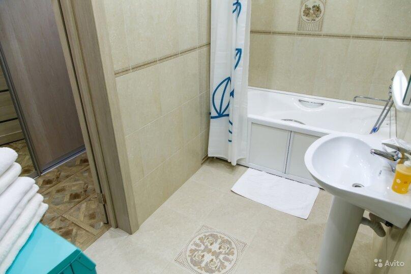 2-комн. квартира, 70 кв.м. на 4 человека, улица Карла Либкнехта, 112, Иркутск - Фотография 14