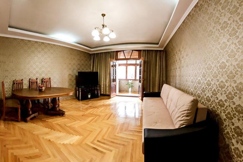 2-комн. квартира, 60 кв.м. на 4 человека, улица Куйбышева, 4, Кисловодск - Фотография 3
