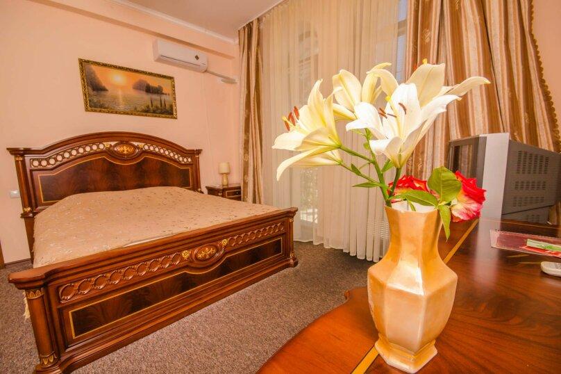 """Мини-отель """"Вилла Багратион"""", улица Коммунаров, 4 на 13 номеров - Фотография 49"""
