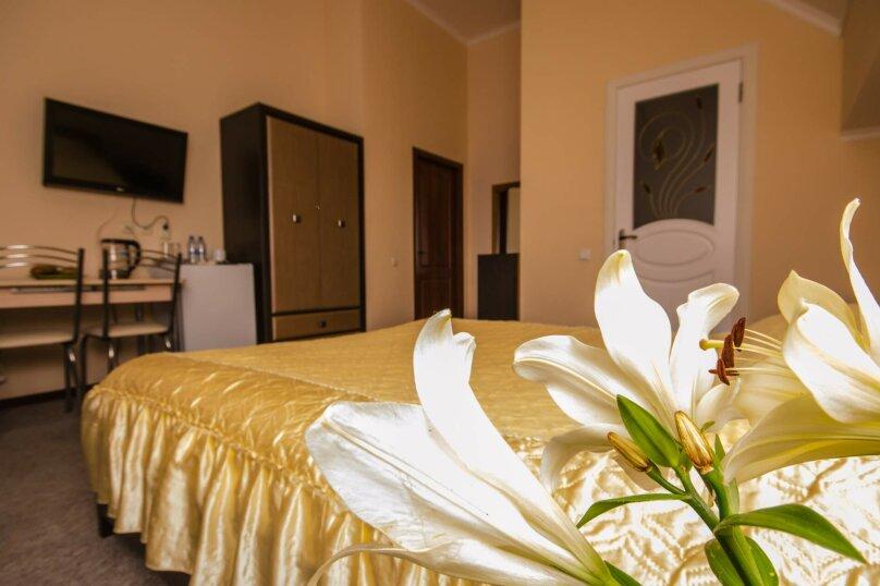 """Мини-отель """"Вилла Багратион"""", улица Коммунаров, 4 на 13 номеров - Фотография 57"""