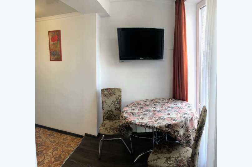 2-комн. квартира на 4 человека, Пикетный переулок, 13, Кисловодск - Фотография 1