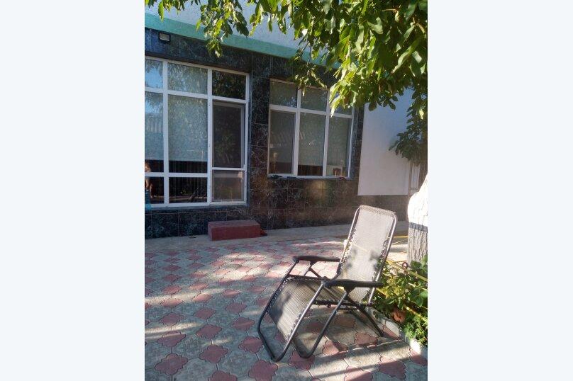 """Гостевой дом """"На Савченкова 12"""", улица Савченкова, 12 на 2 комнаты - Фотография 16"""