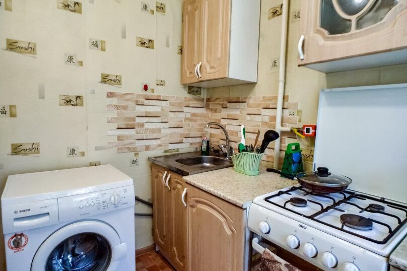 1-комн. квартира, 35 кв.м. на 4 человека, 1-я Красноармейская улица, 56А, Пермь - Фотография 13