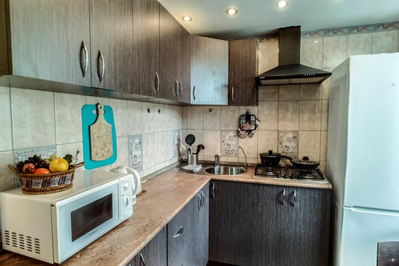 2-комн. квартира, 42 кв.м. на 3 человека, улица Героев Хасана, 5, Пермь - Фотография 2