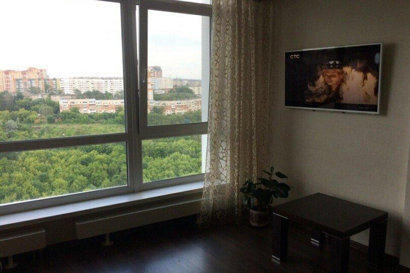 2-комн. квартира, 67 кв.м. на 4 человека, Вильвенская улица, 6, Пермь - Фотография 4