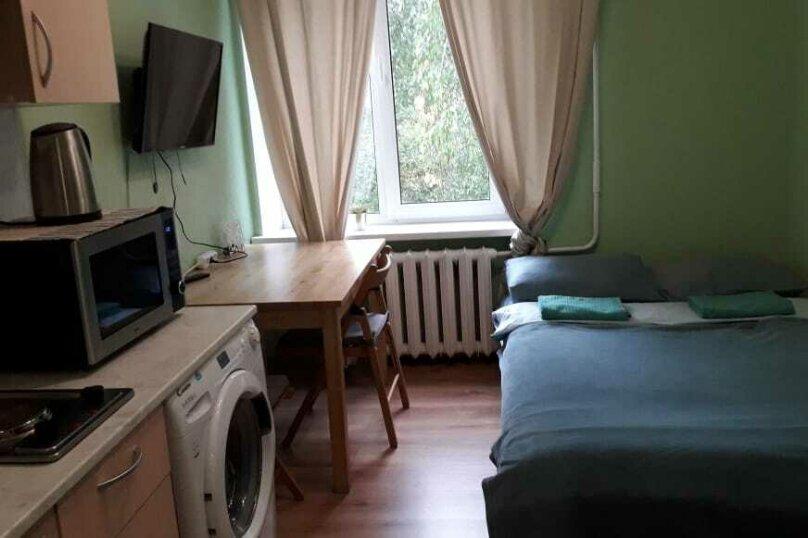 1-комн. квартира, 15 кв.м. на 2 человека, улица Шумилова, 11, Москва - Фотография 2