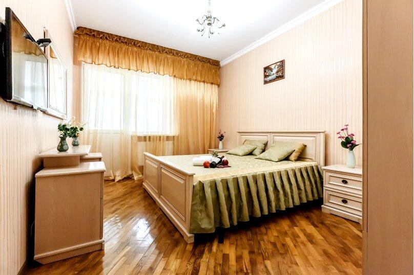 """Дом в 3-х уровнях """"Атлантида - 4"""", 180 кв.м. на 10 человек, Карачаевская улица, 52а, Домбай - Фотография 4"""