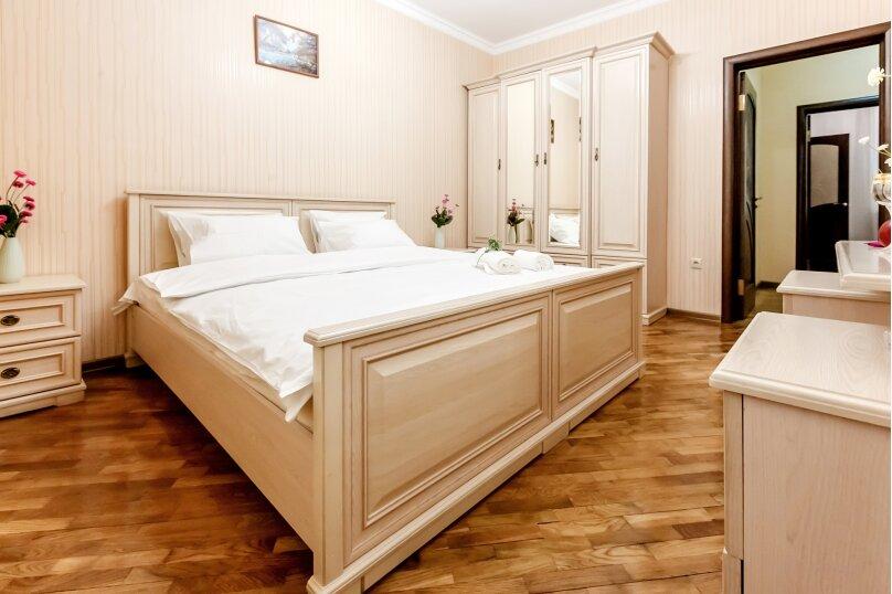 """Дом в 3-х уровнях """"Атлантида - 4"""", 180 кв.м. на 10 человек, Карачаевская улица, 52а, Домбай - Фотография 14"""
