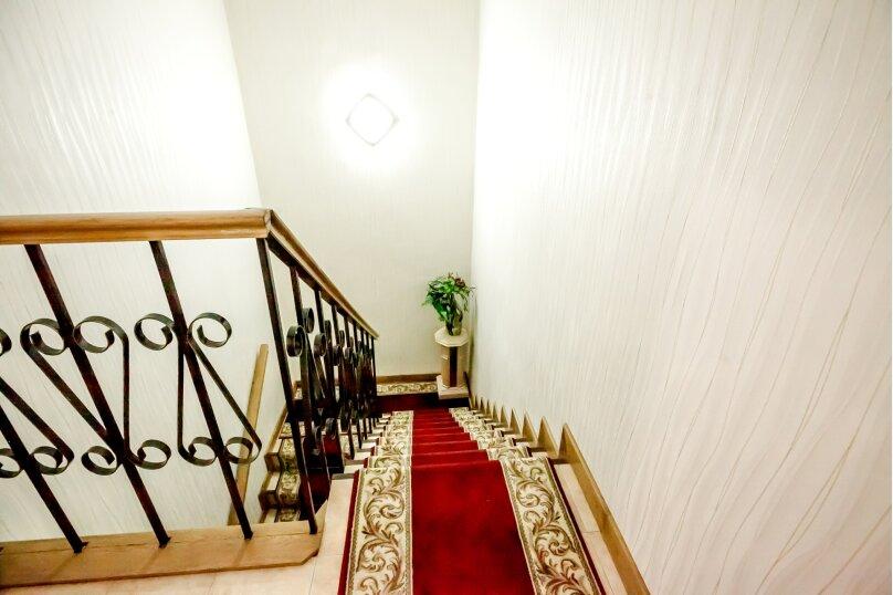 """Дом в 3-х уровнях """"Атлантида - 4"""", 180 кв.м. на 10 человек, Карачаевская улица, 52а, Домбай - Фотография 27"""
