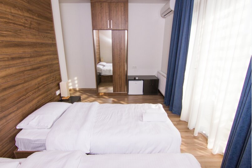 Superior Double or Twin Room with Balcony, улица Соломона Додашвили, 20, Тбилиси - Фотография 15