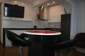 2-комн. квартира, 65 кв.м. на 6 человек, Прибрежная улица, 7, Партенит - Фотография 1