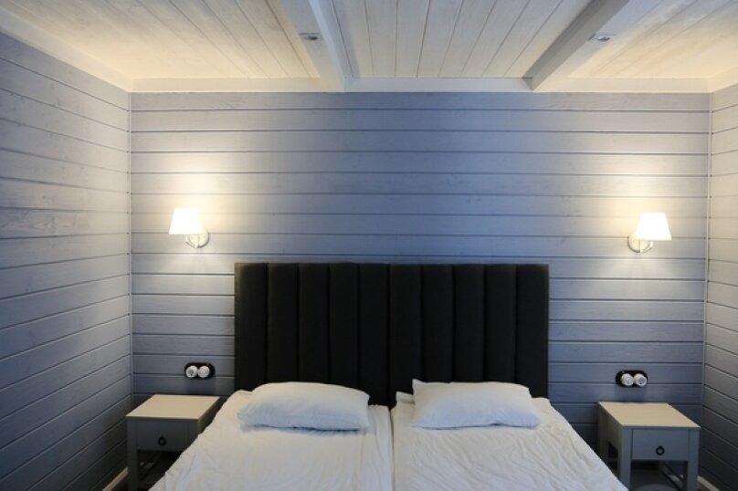Семейный номер с проходной комнатой, улица Мичурина, 111, Вырица - Фотография 1