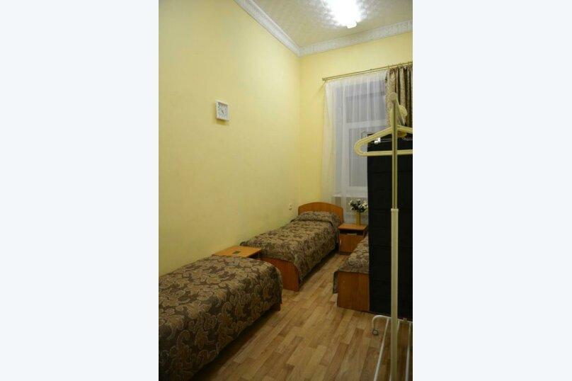 Односпальная кровать в общем пятиместном номере (Женский), набережная Обводного канала, 223к1, Санкт-Петербург - Фотография 1