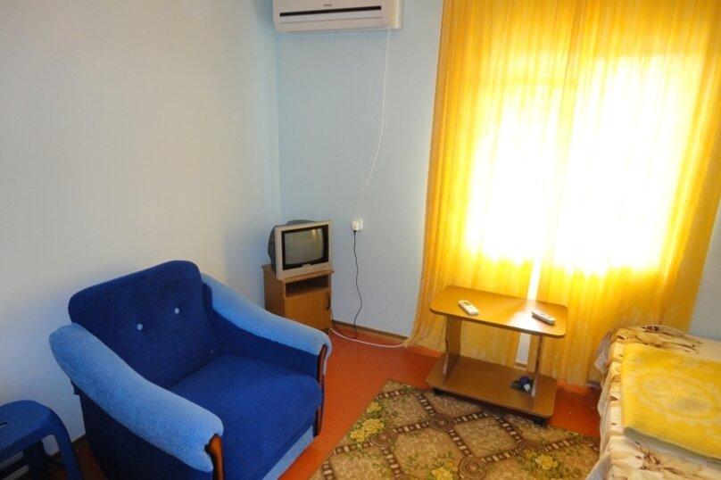 """Гостевой дом """"Уютный"""", переулок Самбурова, 19 на 15 комнат - Фотография 69"""