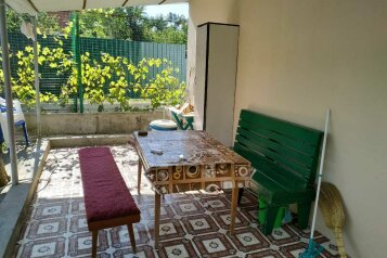 Домик с террасой, 50 кв.м. на 6 человек, 1 спальня, Красная, 16, Геленджик - Фотография 1