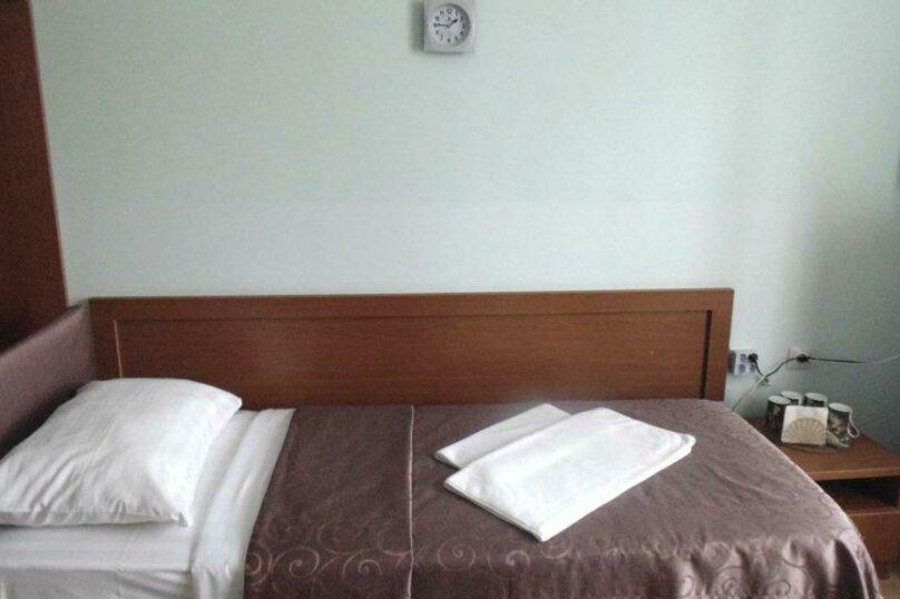 """Гостевой дом """"Адлерский"""", улица Станиславского, 37 на 11 комнат - Фотография 33"""