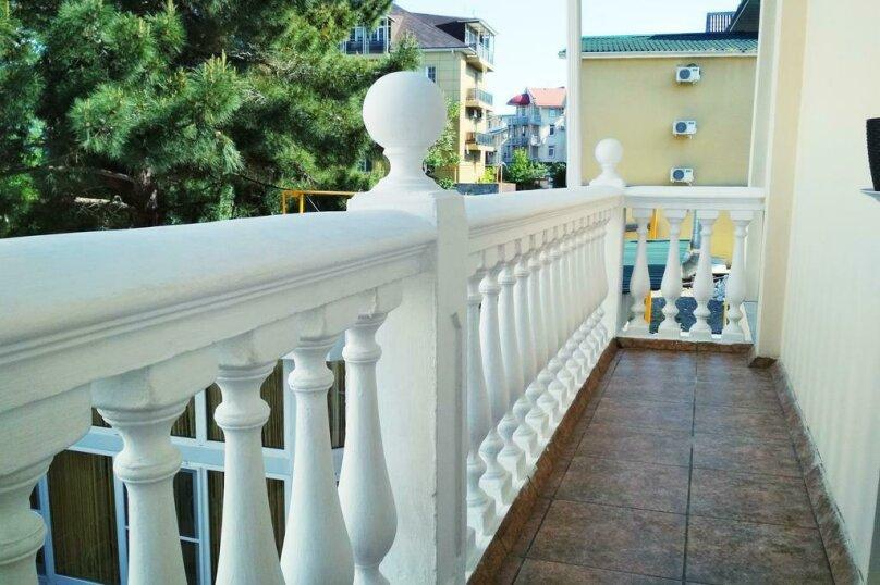 """Гостевой дом """"Адлерский"""", улица Станиславского, 37 на 11 комнат - Фотография 3"""
