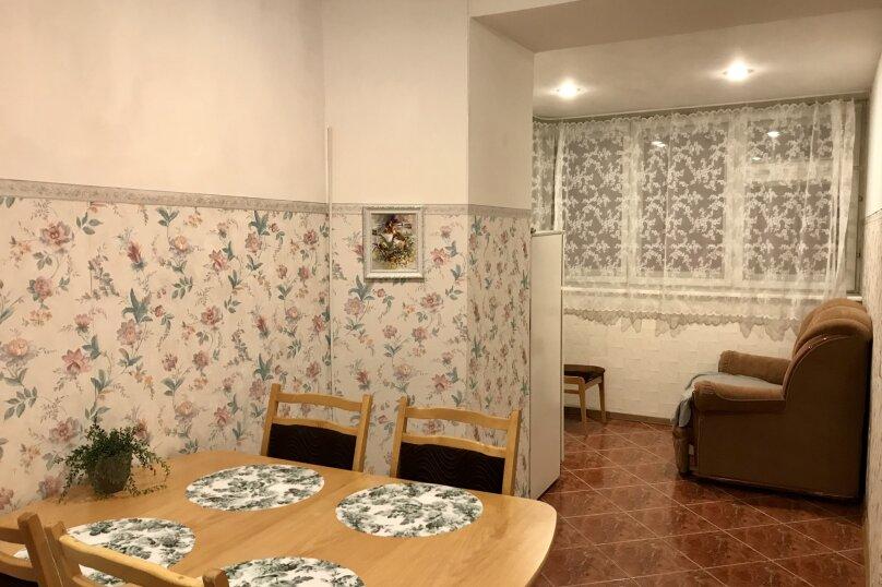 2-комн. квартира, 70 кв.м. на 6 человек, Казанское шоссе, 1, Нижний Новгород - Фотография 5