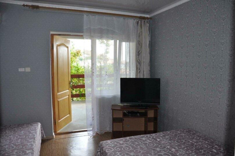 Трёхкомнатный блок, 76 кв.м. на 9 человек, 3 спальни, улица Мартынова, 9, Морское - Фотография 20
