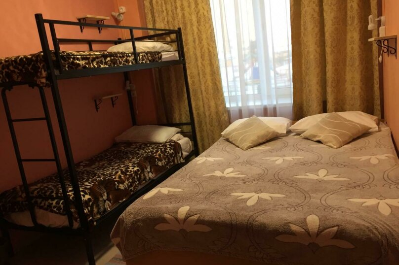 Семейный номер №7, улица Сибгата Хакима, 41, Казань - Фотография 1