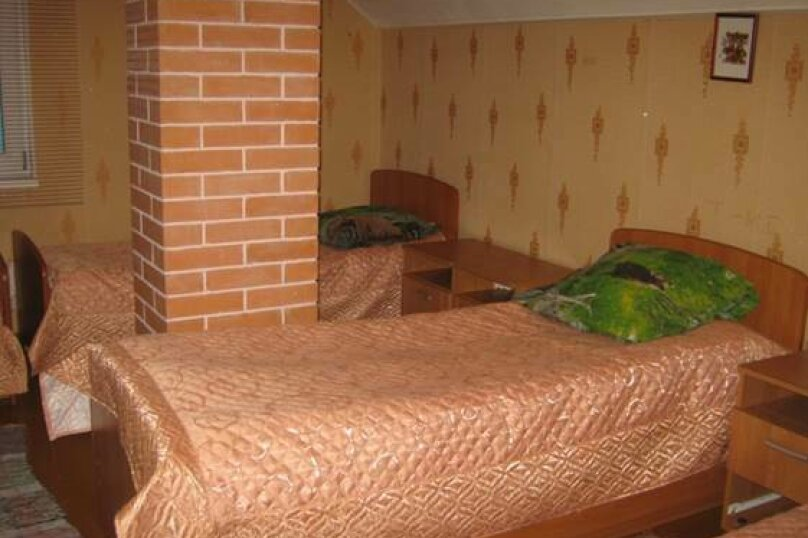 Койко-место в пятиместном номере, Школьная улица, 25, Олонец - Фотография 1