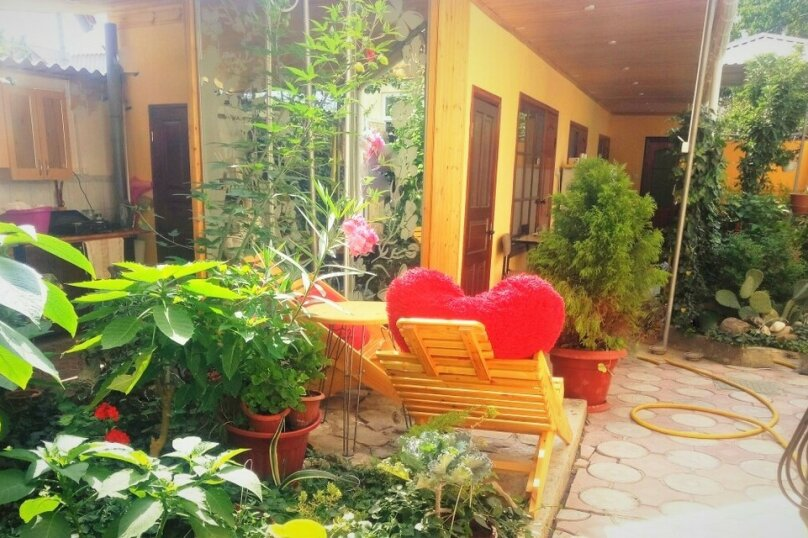 """Мини-отель """"Камелия"""", улица 14 Апреля, 19 на 12 номеров - Фотография 19"""