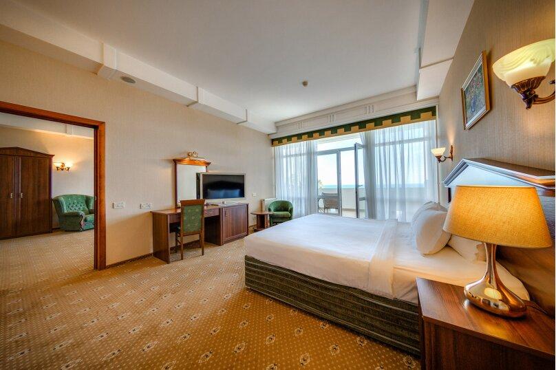 2-комнатный 2-местный номер категории «Люкс» с видом на море, Алупкинское шоссе, 12А, Ялта - Фотография 1