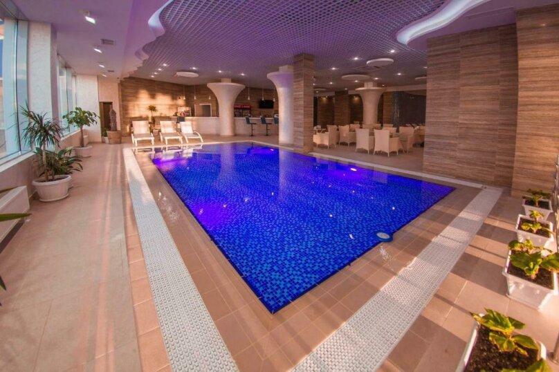 """Отель """"Aquamarine Resort and SPA"""", Парковая улица, 11 на 140 номеров - Фотография 47"""