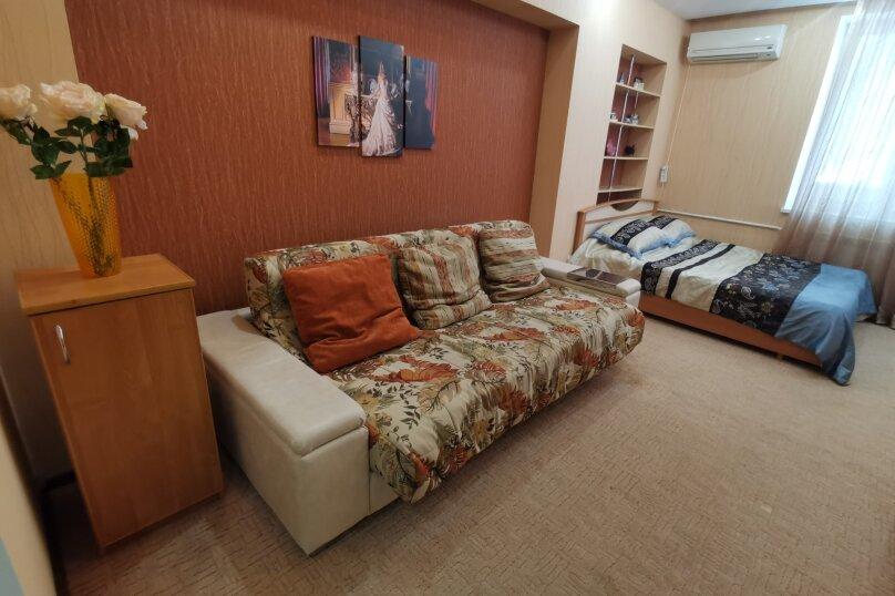 1-комн. квартира, 45 кв.м. на 4 человека, улица Космонавтов, 19к2, Волгоград - Фотография 2