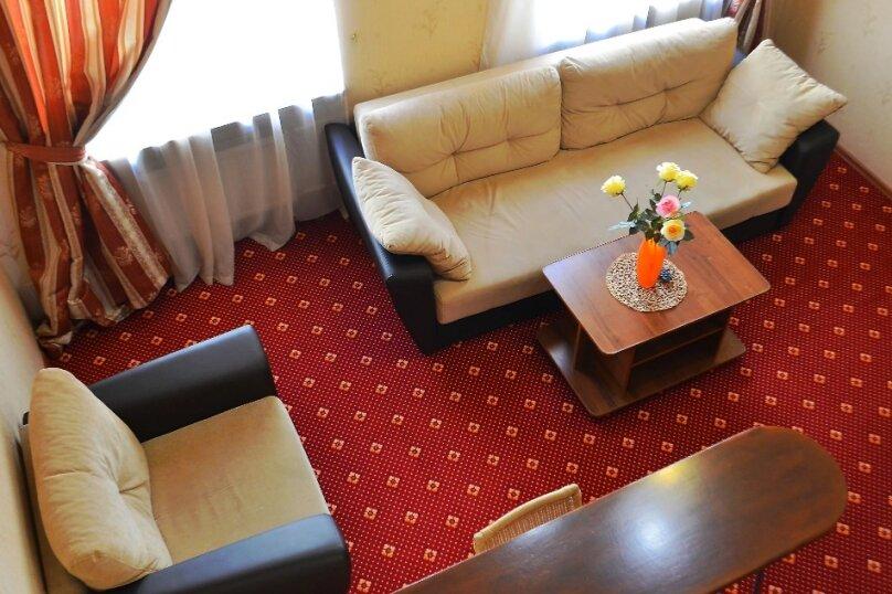 """Отель """"DELUXE"""", Галерная улица, 4 на 8 номеров - Фотография 5"""