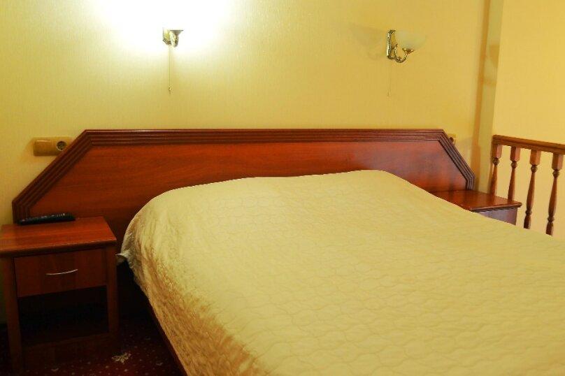 """Отель """"DELUXE"""", Галерная улица, 4 на 8 номеров - Фотография 28"""