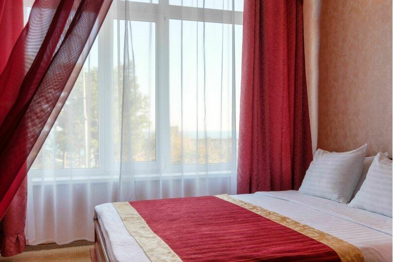 """Отель """"Феодосия"""", Пушкина, 11 на 75 номеров - Фотография 56"""