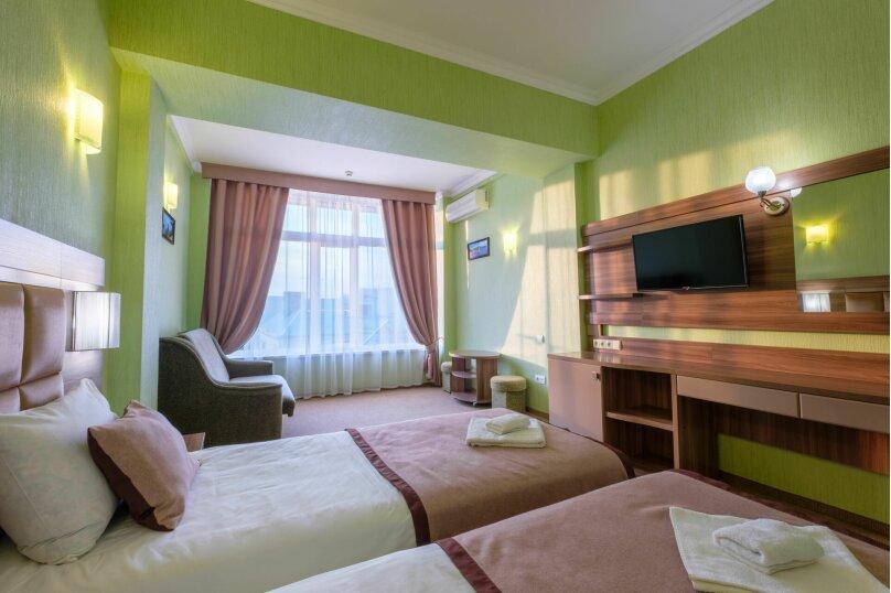 """Отель """"Феодосия"""", Пушкина, 11 на 75 номеров - Фотография 23"""
