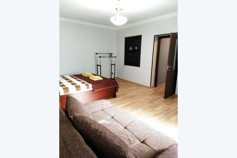 Inauri sahli, 90 кв.м. на 8 человек, 4 спальни, Улица Марткопская, 6А, Тбилиси - Фотография 16