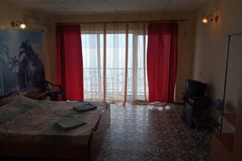 """Гостевой дом """"Прибой"""", Парниковая, 2 на 7 комнат - Фотография 16"""