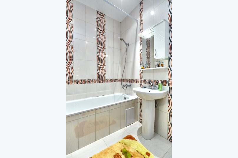 1-комн. квартира, 52 кв.м. на 4 человека, Казбекская улица, 7, Краснодар - Фотография 7