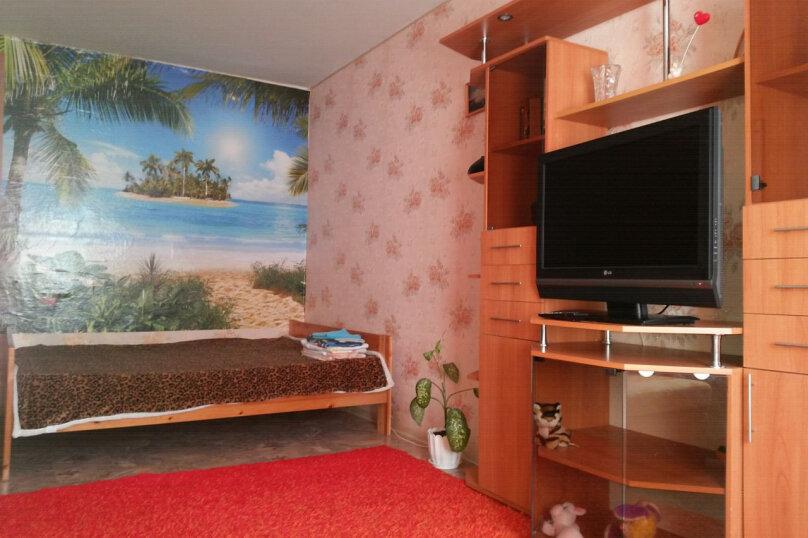 1-комн. квартира, 40 кв.м. на 4 человека, улица Ровио, 21, Петрозаводск - Фотография 2
