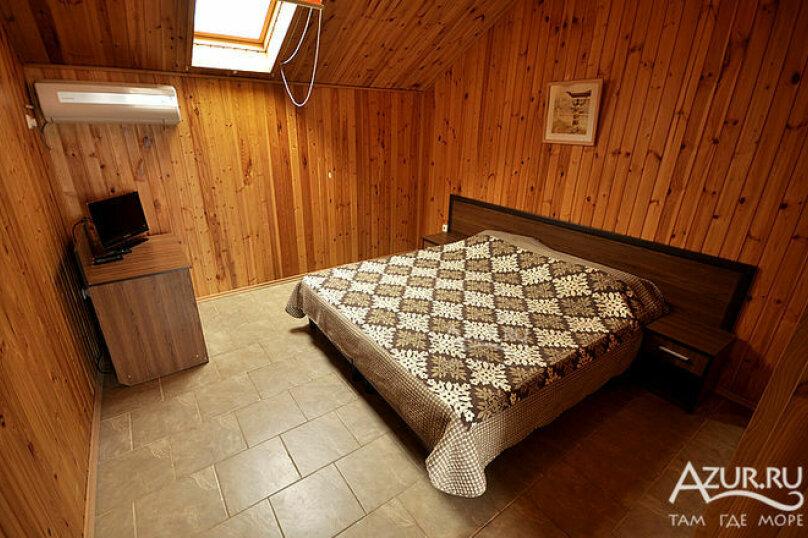 Гостиница 1028255, Советская улица, 33А на 20 комнат - Фотография 6